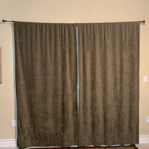 Pottery Barn Curtains (2 panels)